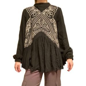 🎉3/$25 fab'rik Embroidered Boho Flowy Blouse